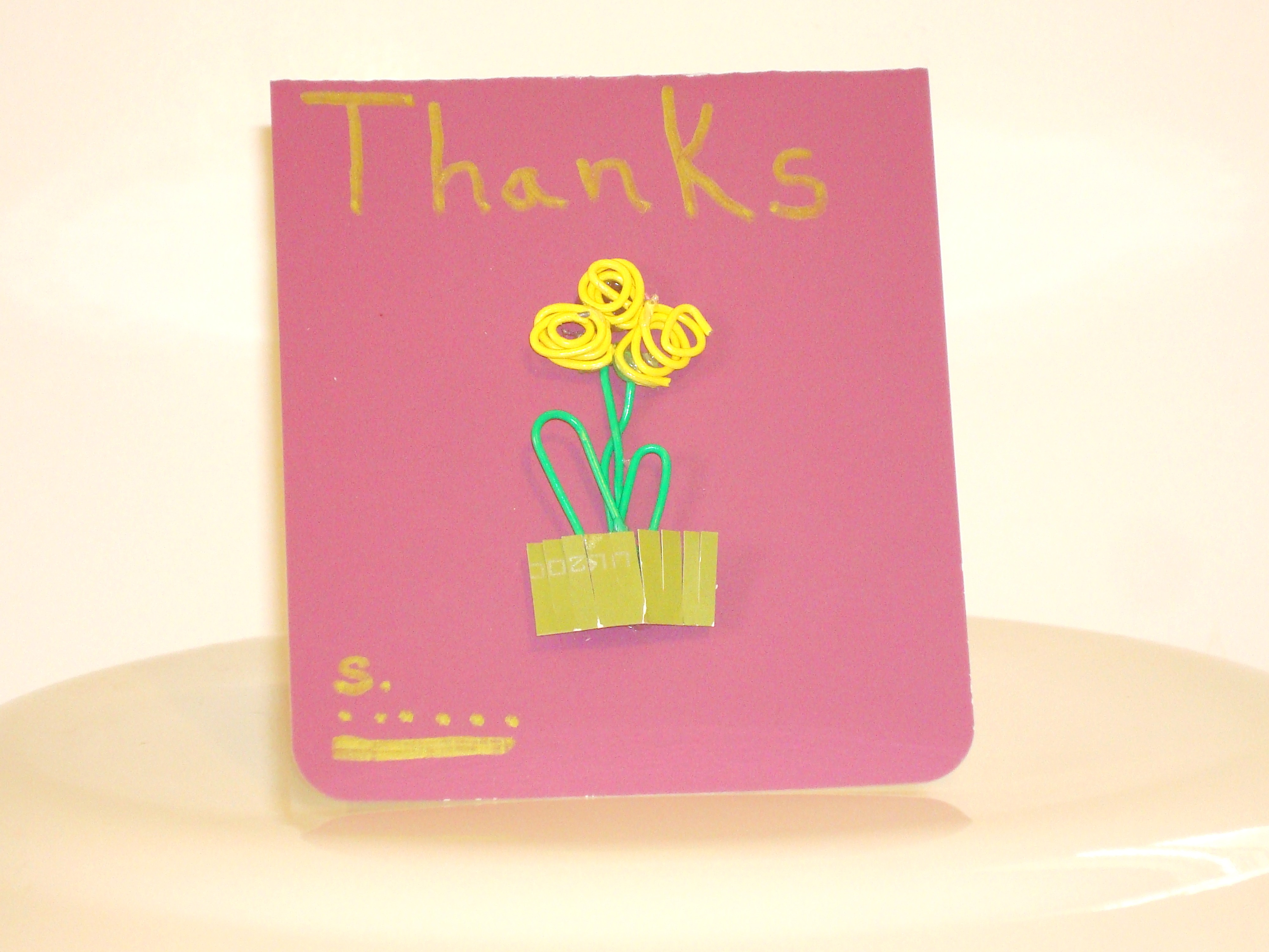 Picture of Magnetic Paper Clip Greeting Card and Book Marker