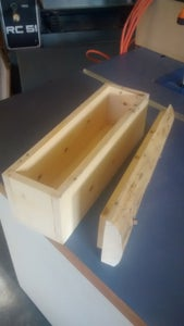 Assemble Box and Fit Lid.