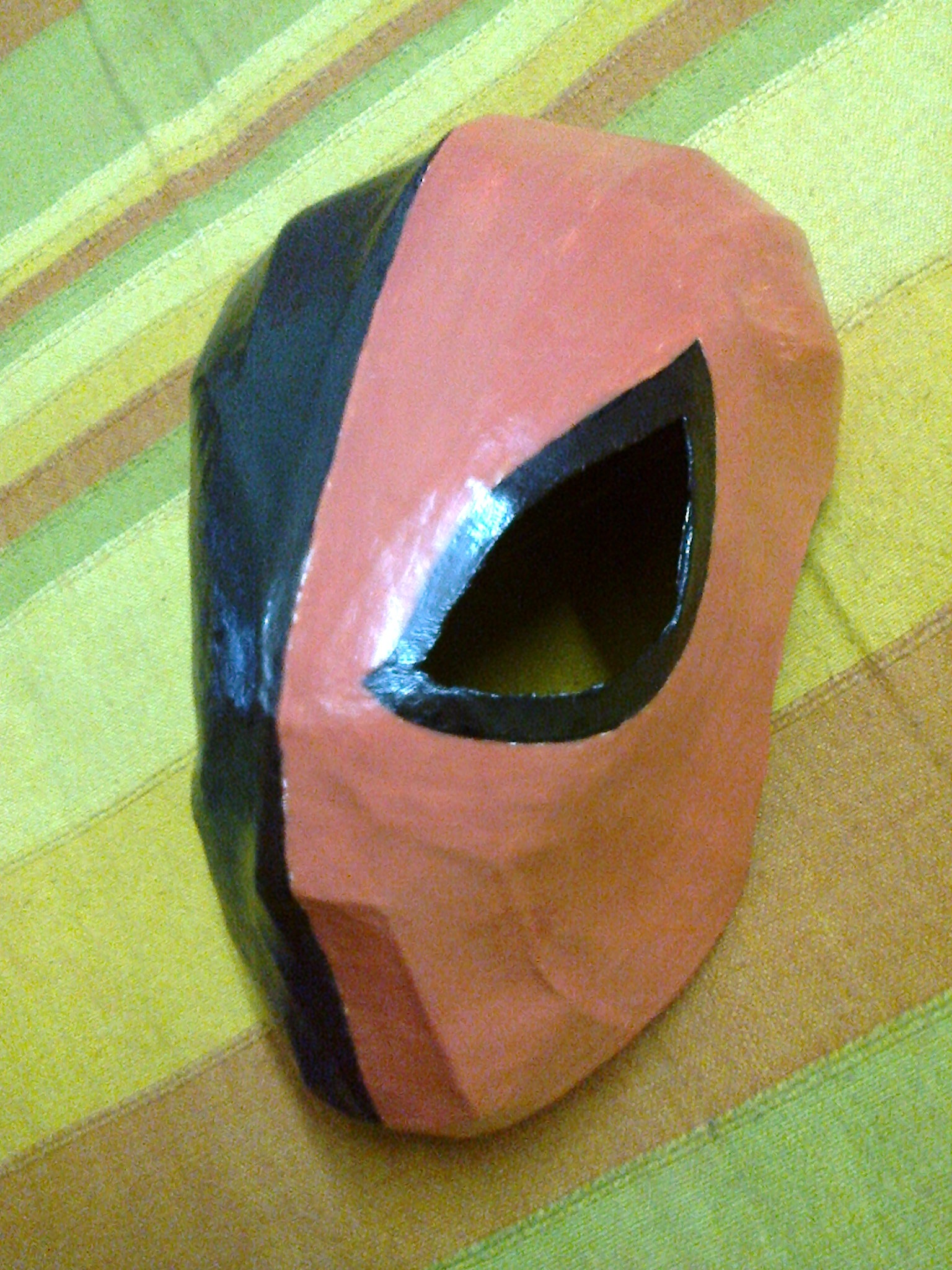 Picture of Deathstroke Mask: Easy and Old-style