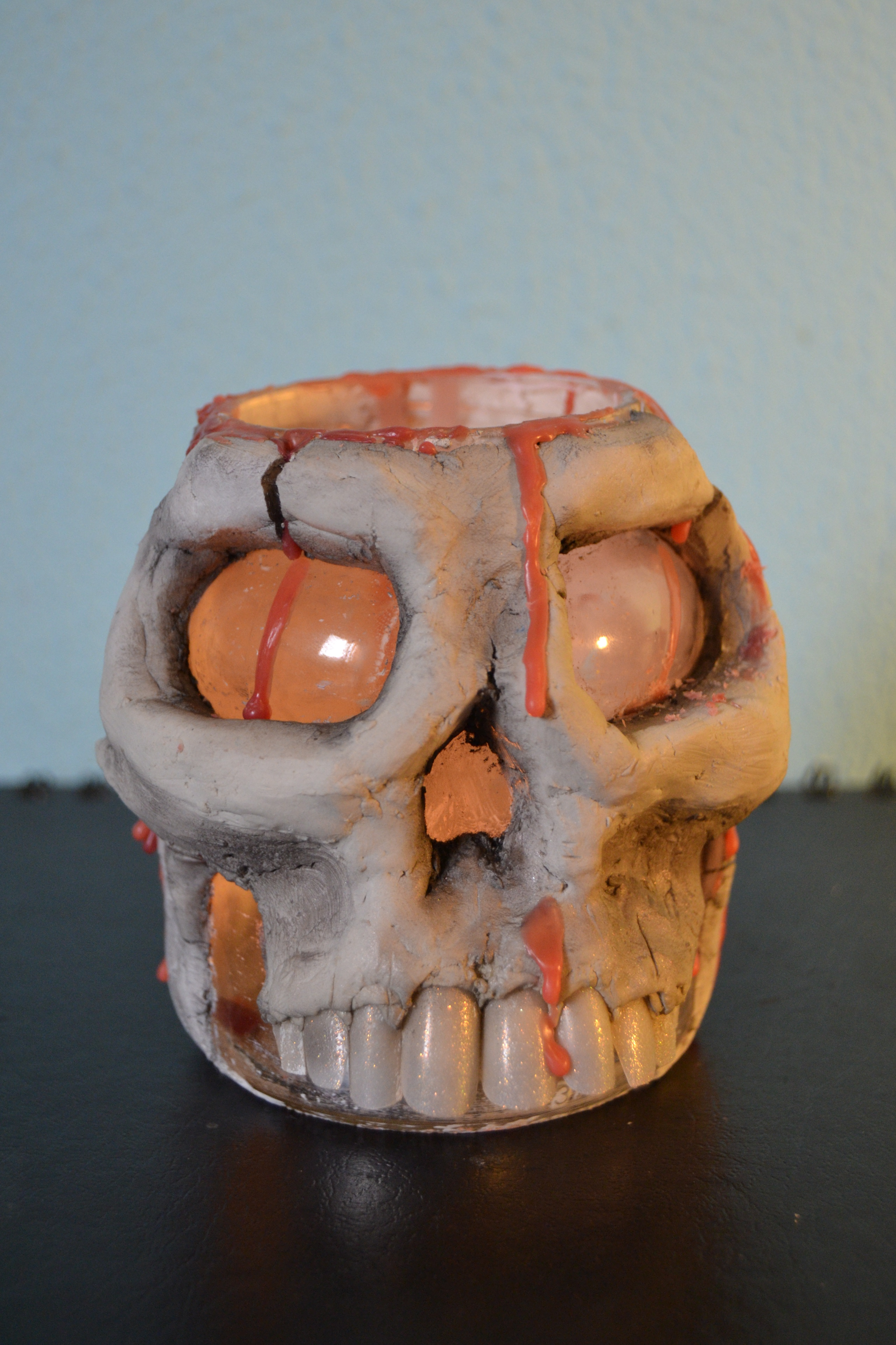 Picture of Skull Lamp
