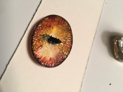PART 1 - MAKING THE DRAGON EYE - Adding the Iris Colors