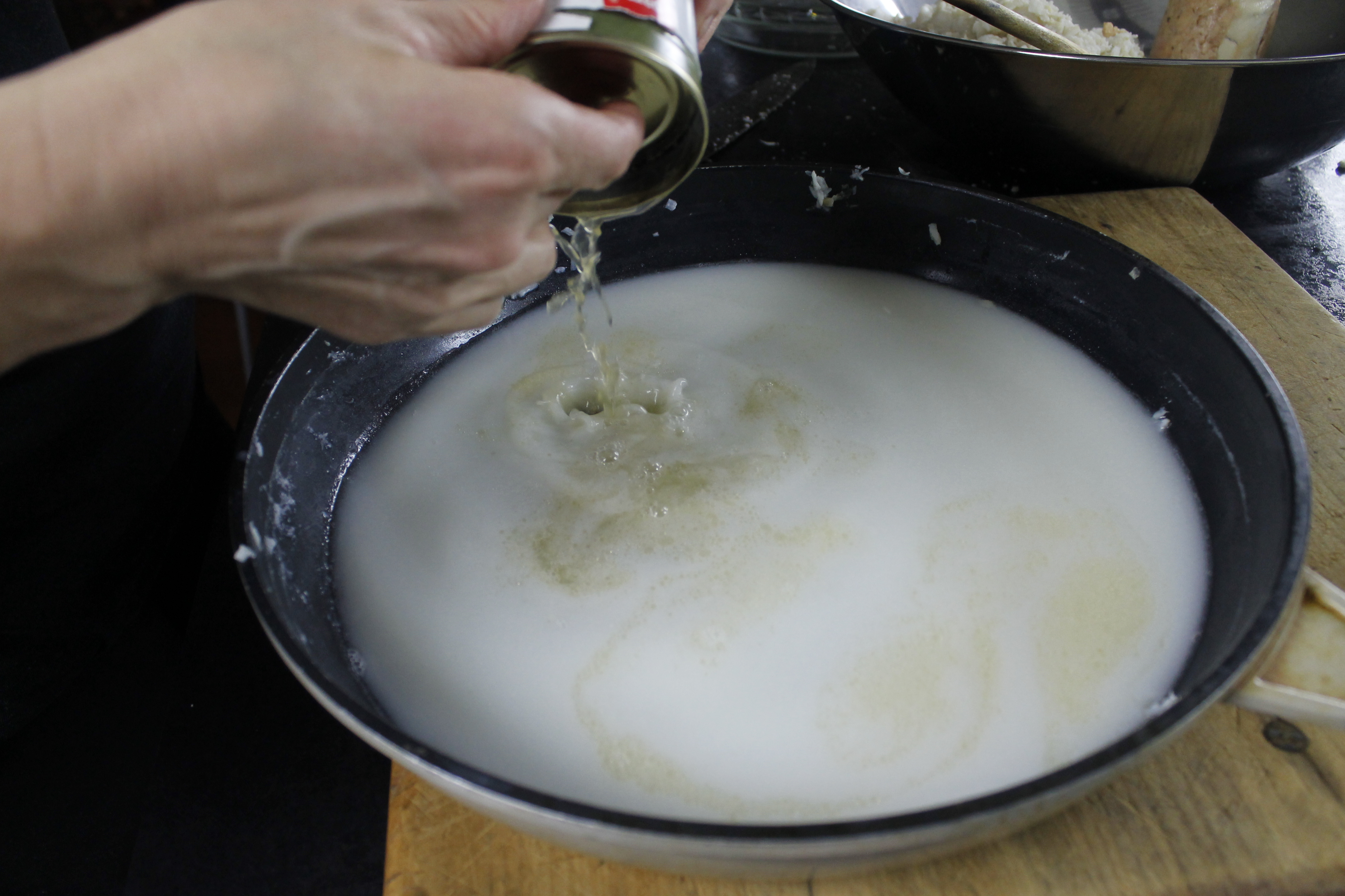 Picture of Using the Base Fish Liquid
