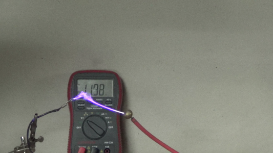 Testing the Finished 555 Circuit With a Small Power Supply