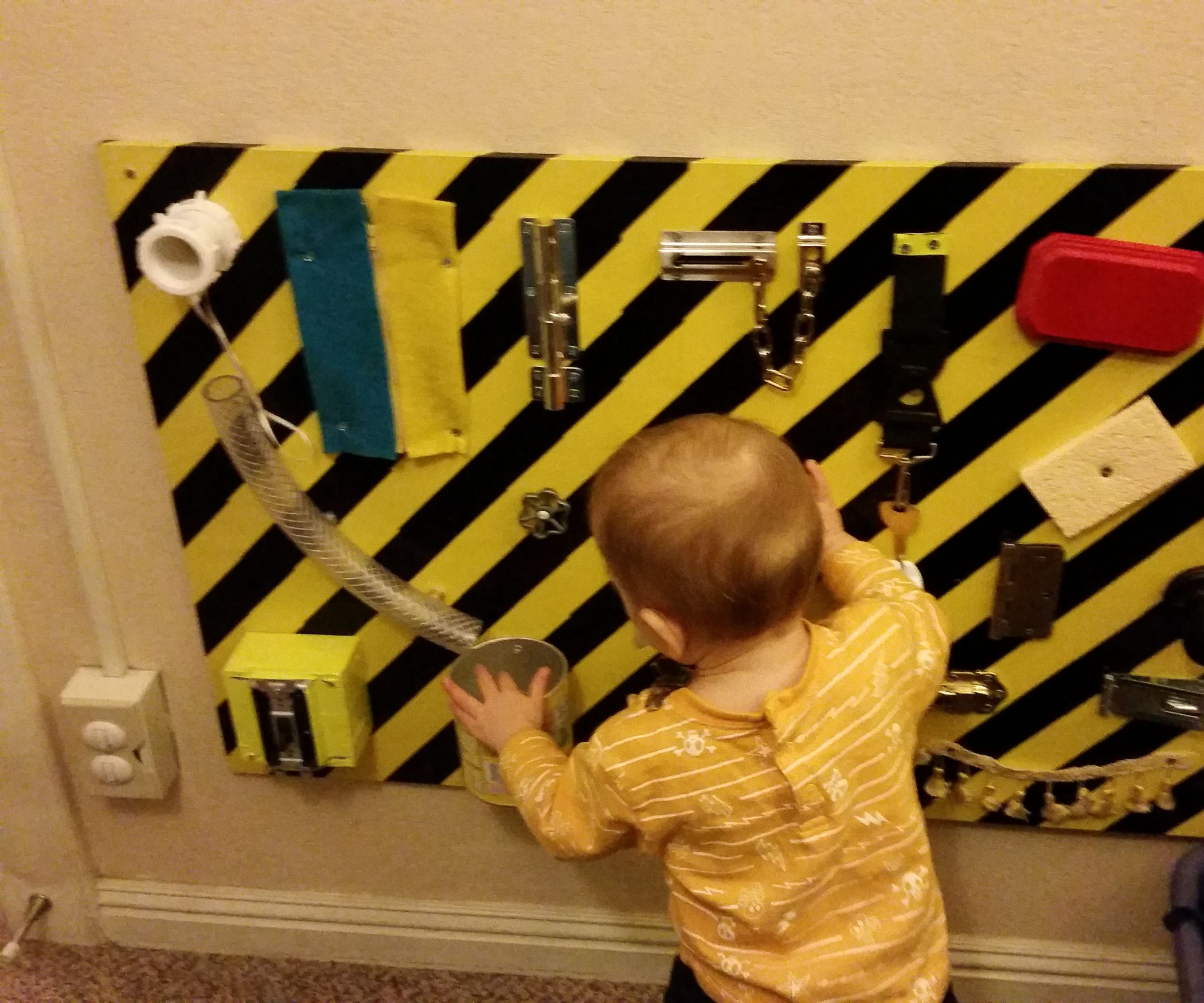 Busy Board for Toddlers: 3 Steps (with Pictures)