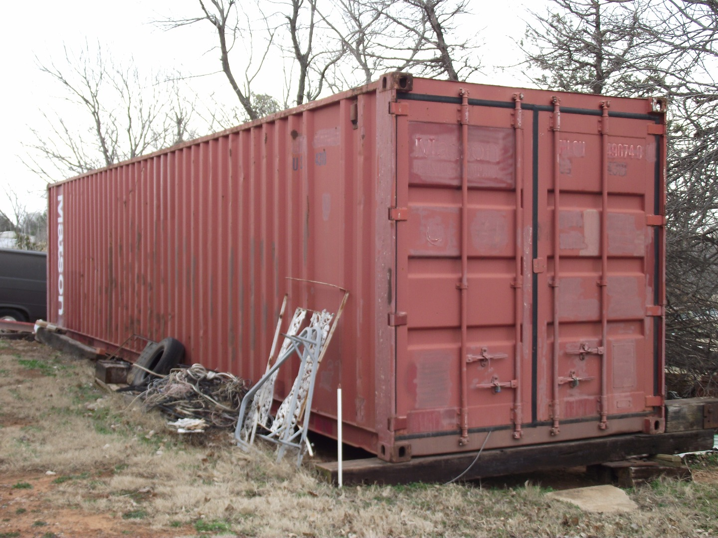 Picture of STORING LARGER THINGS