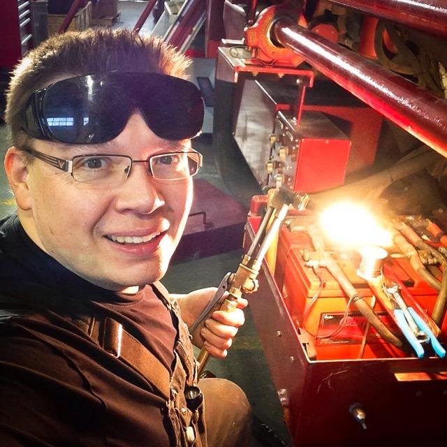 Fixing the Dreaded Lean Bog on Keihin FCR Carburetors: 4 Steps
