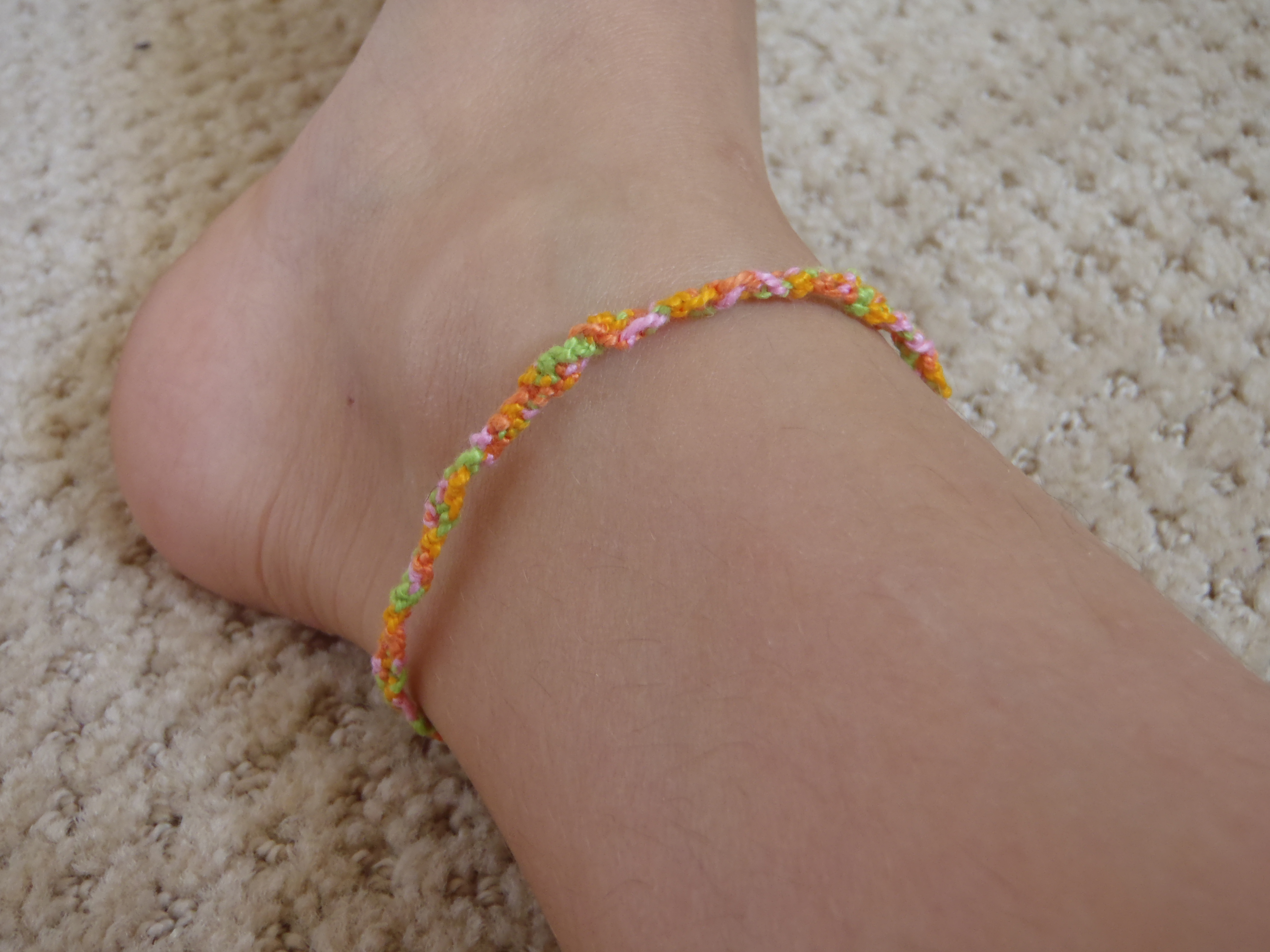 Picture of Diagonal Knotted Bracelet