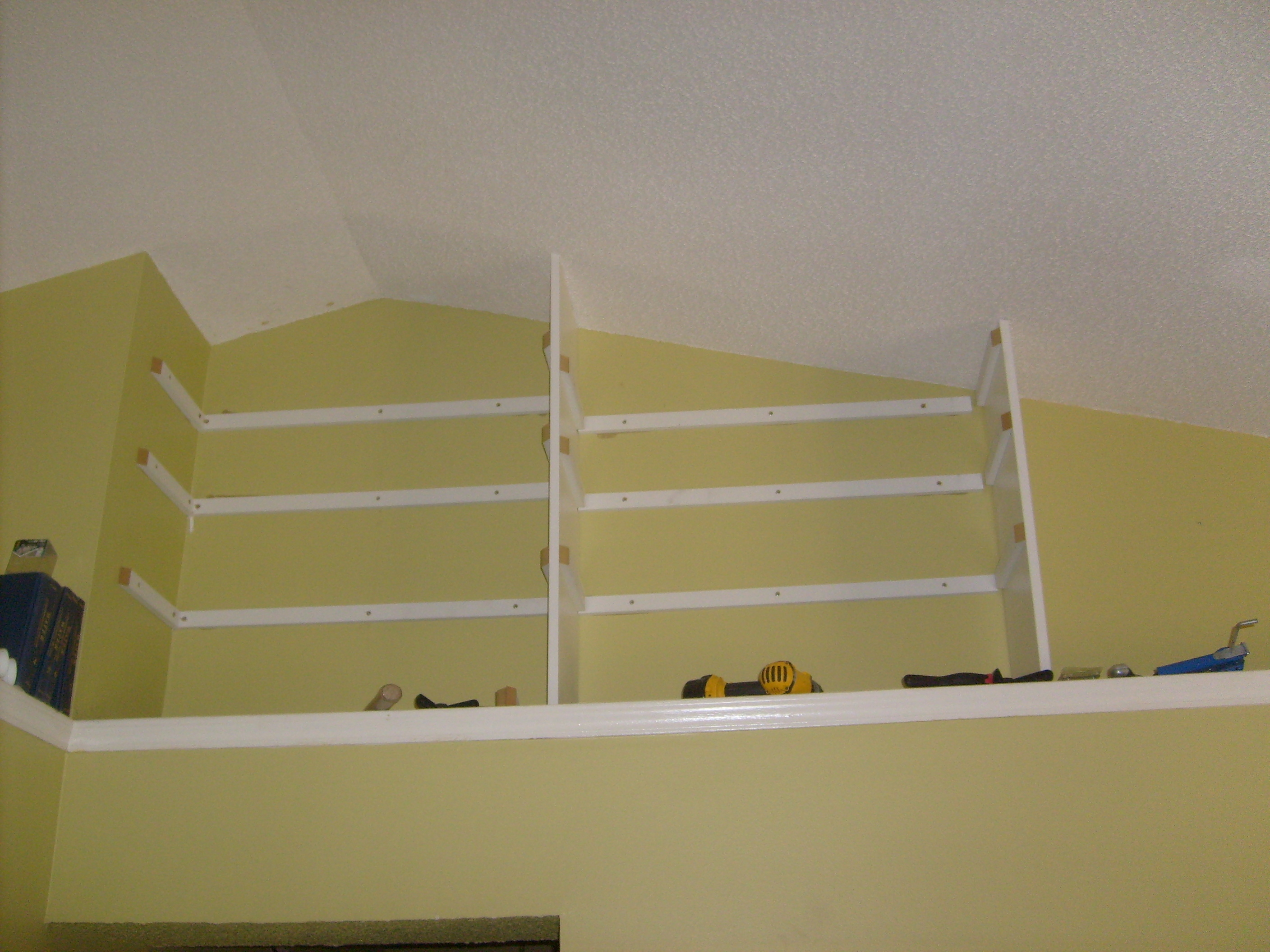 Picture of Install Vertical Dividers