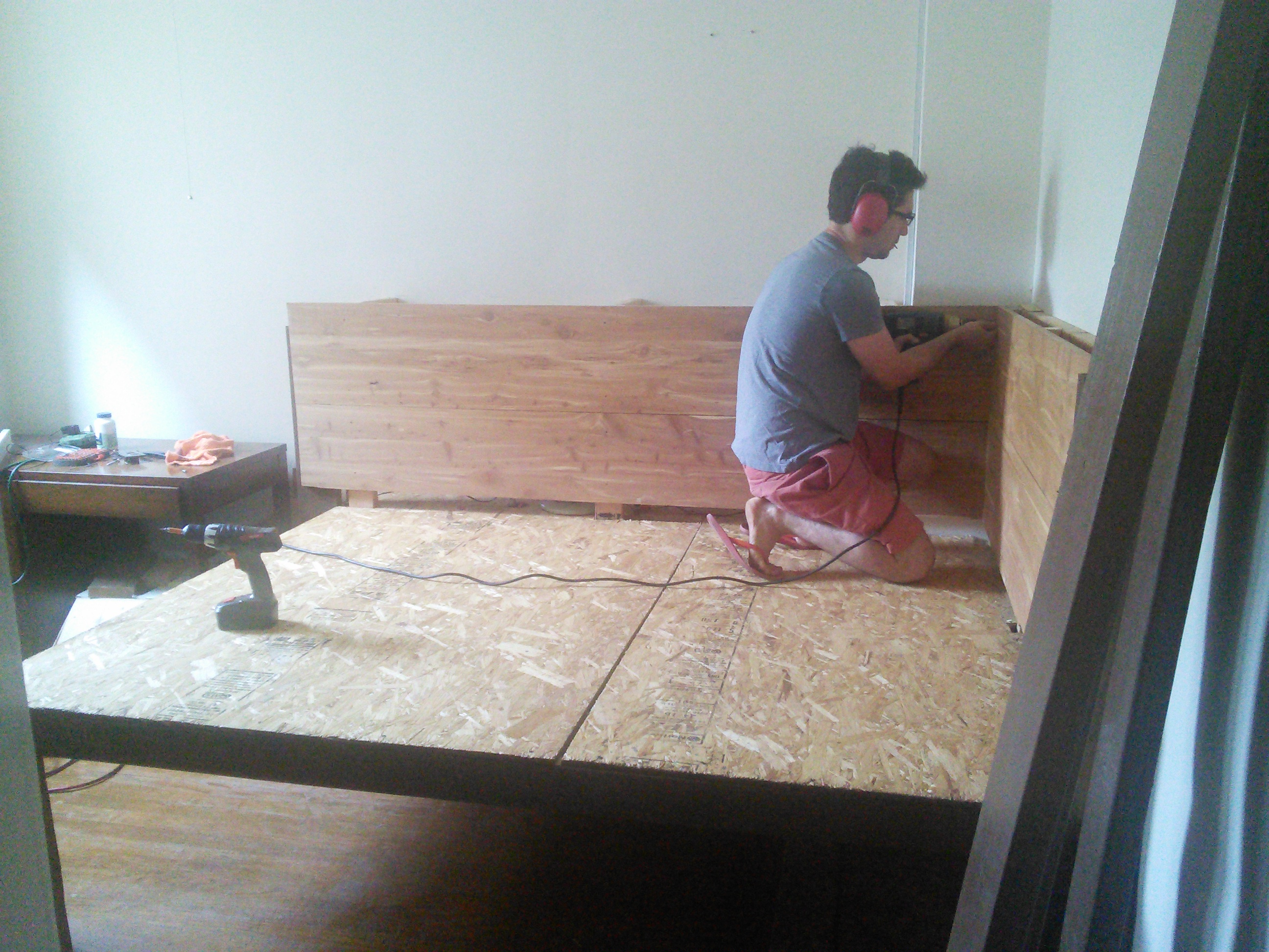 Picture of Head/Side Board Installation