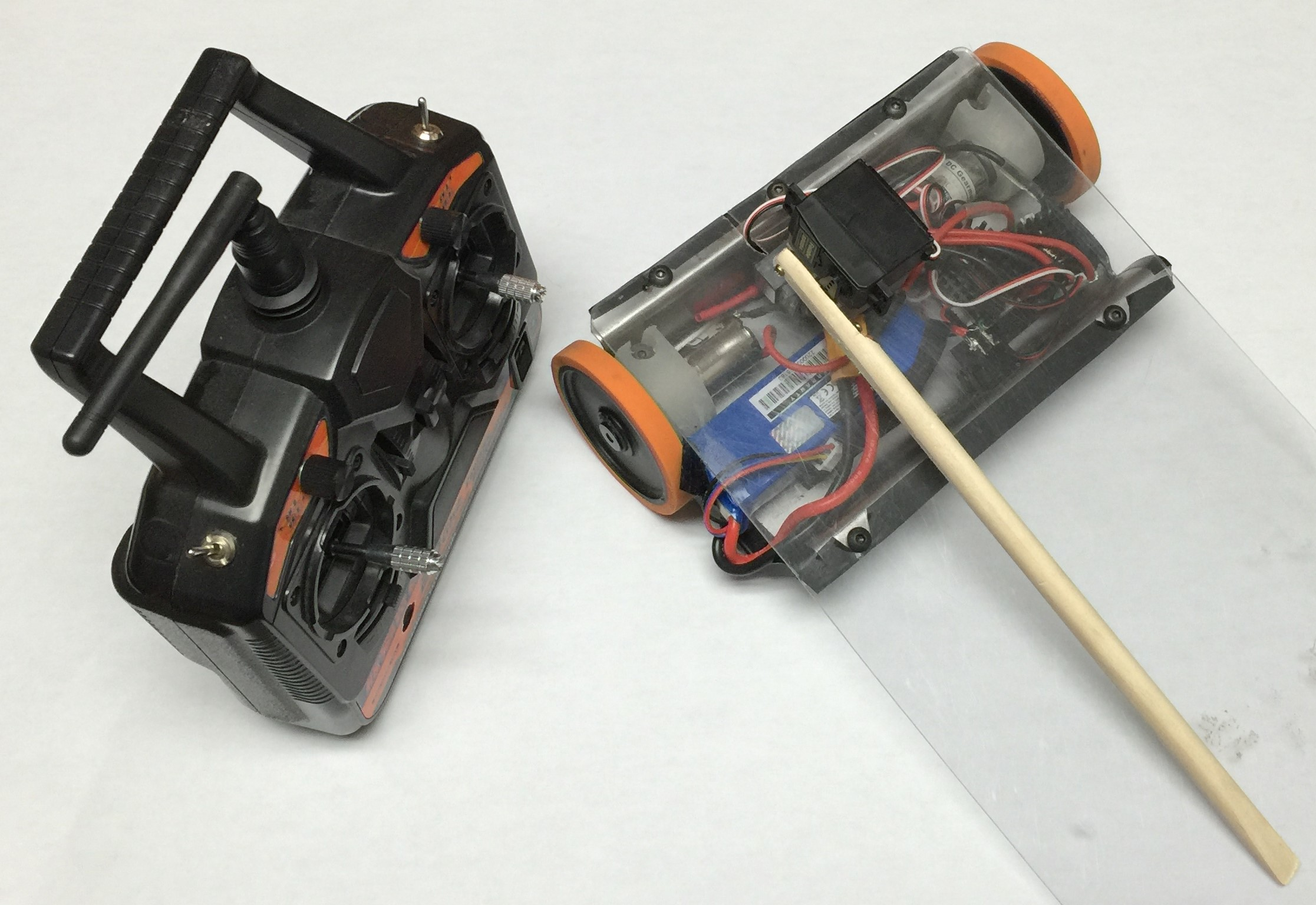 Picture of Simple RC Wedge Robot