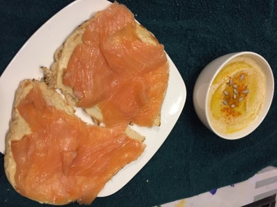 Super Yummy Hummus & Smoked Salmon Open-Faced Sandwich!