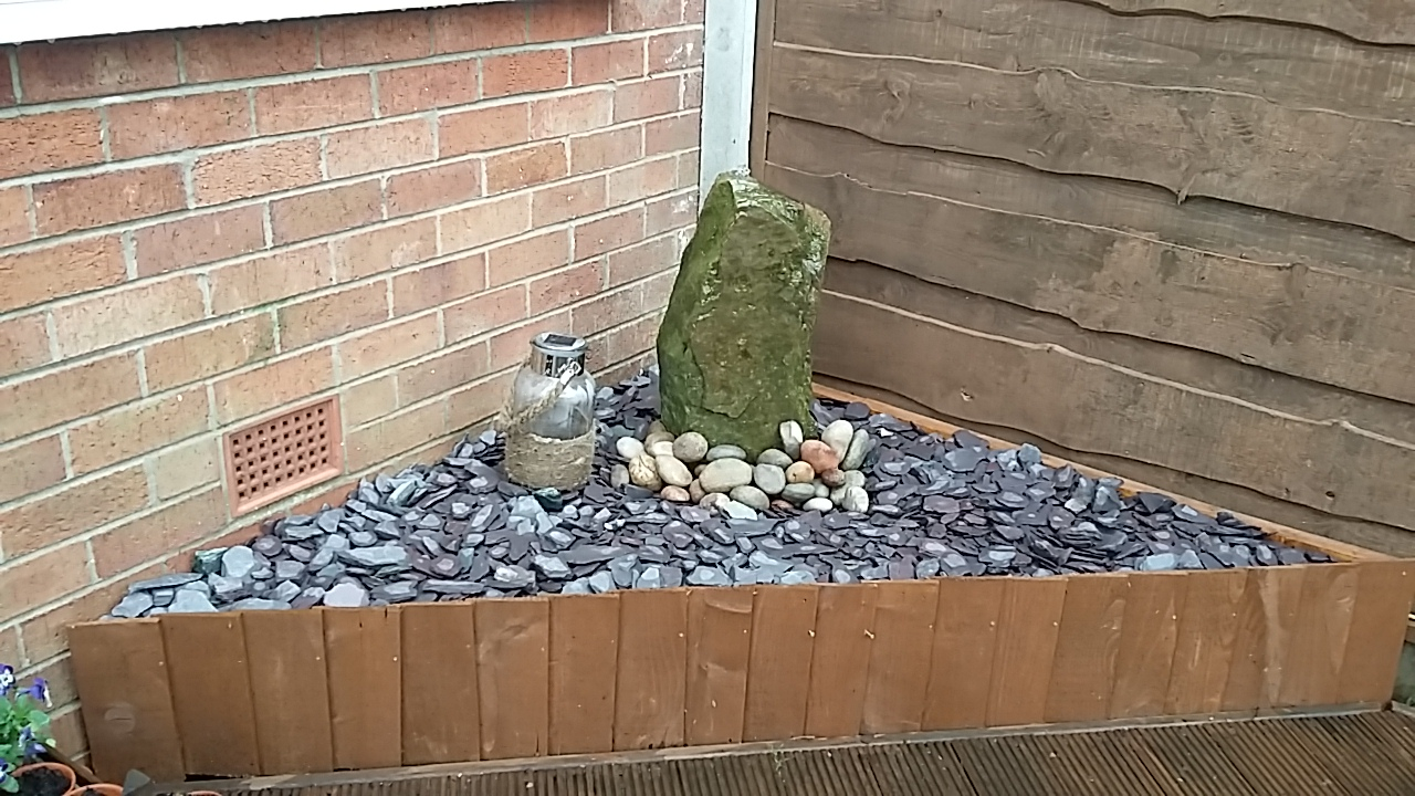 Picture of Garden Rock Water Feature