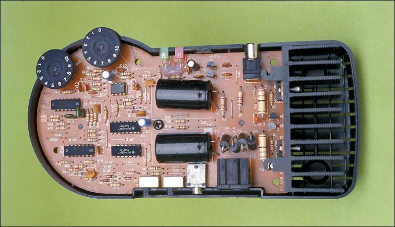 Picture of Bass Amplifier Made From Cheap Aura InteractorAmplifier