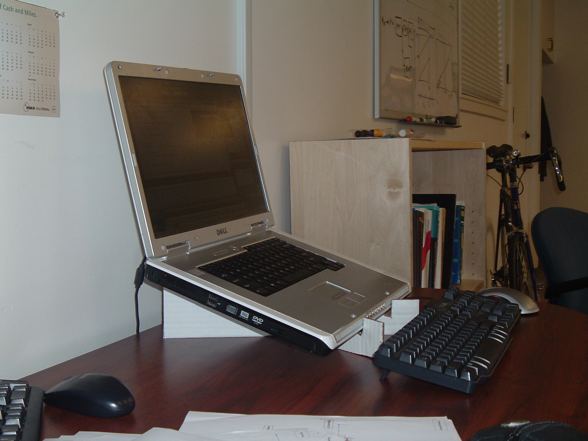 Picture of Make a Laptop Stand From Cardboard - the Quick and Easy Way