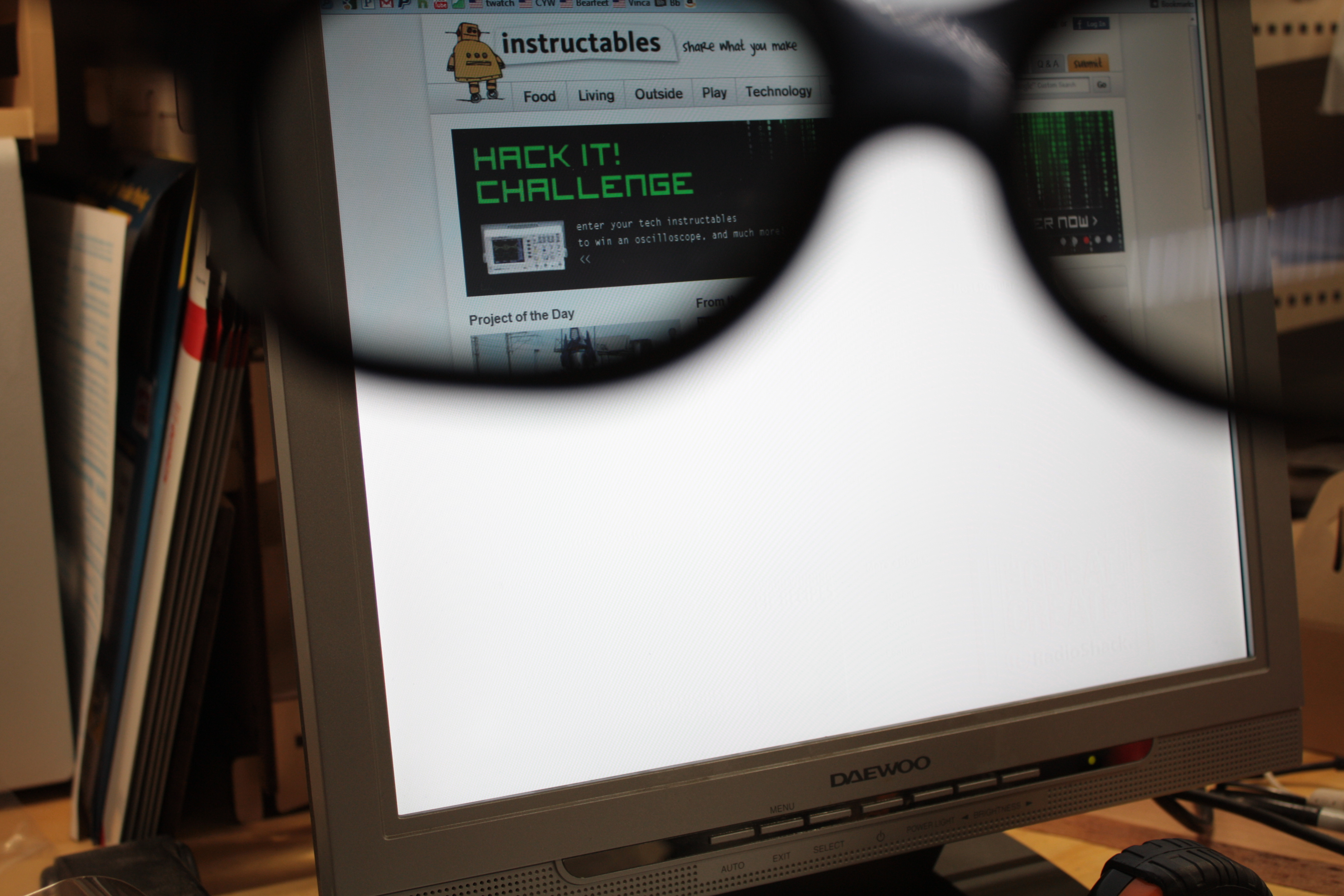 Picture of Privacy Monitor Hacked From an Old LCD Monitor