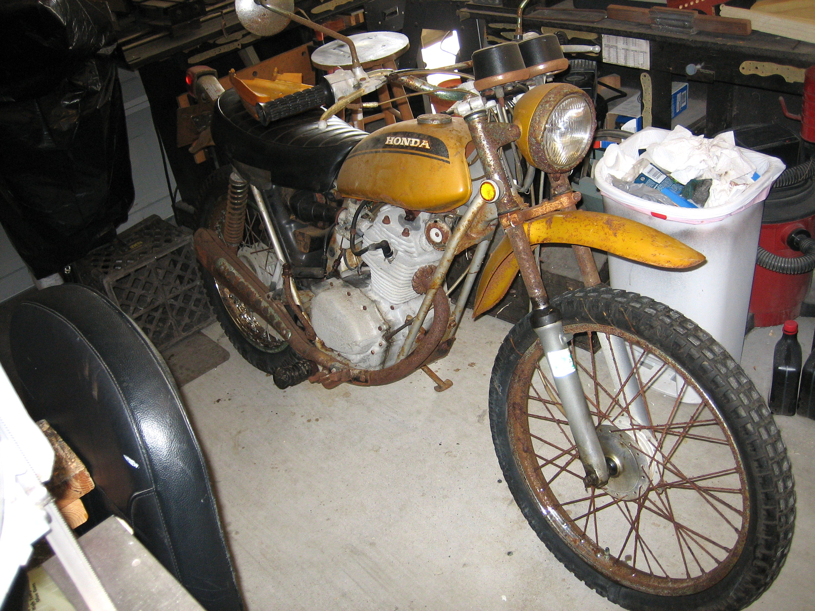 Picture of Resurrecting a 38 Year Old Motorcycle