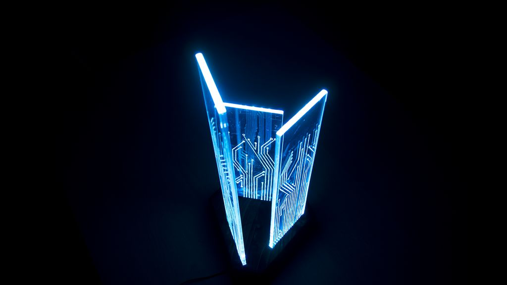Picture of Glowing Circuit Board Lamp