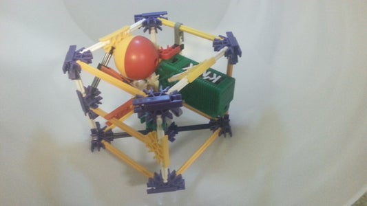 Microscopic: Mini Knex Ball Machine