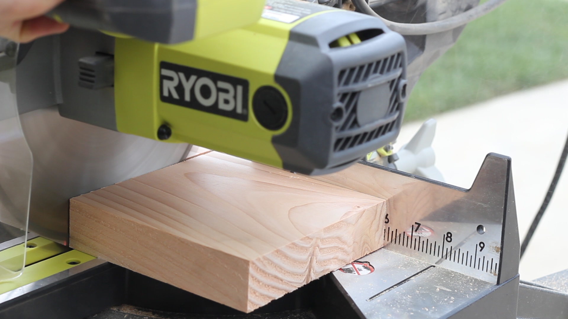 Picture of Ripping Material to Length