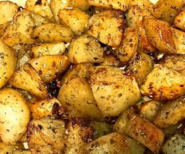 Classic Roasted Potatoes with Garlic and Rosemary