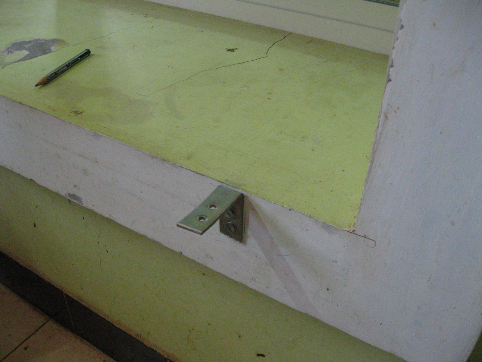 Picture of Fitting the Assembly on Kitchen Side