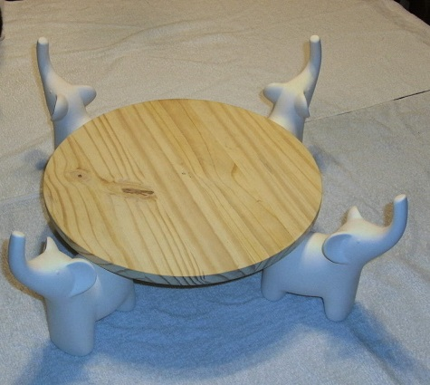 Picture of The Great Atuin : a Wooden Discworld Cake Stand and Serving Platter