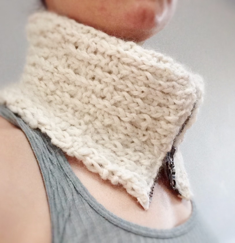 Picture of Add a Zipper to a Knit Cowl...
