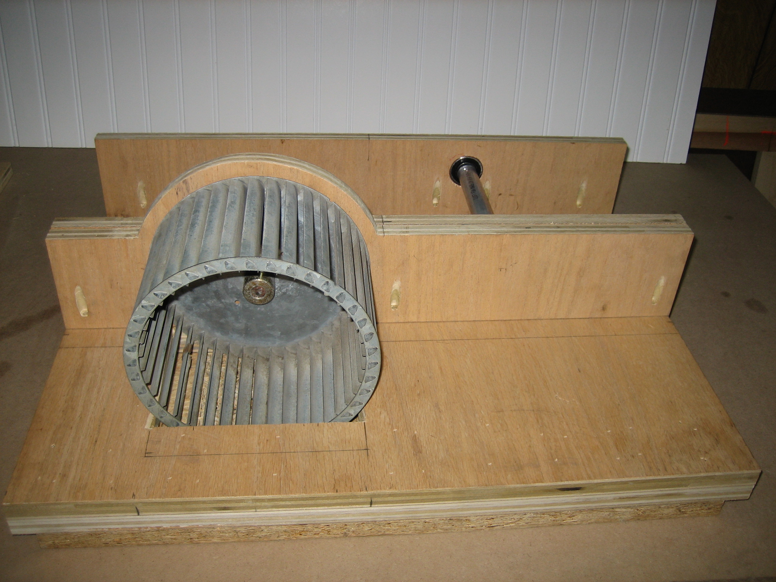 Picture of Fan Shroud and Assembly