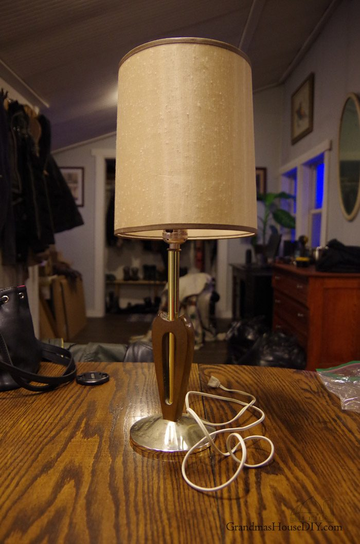 Picture of Lamp Gets a Country Girl Makeover Using License Plates!