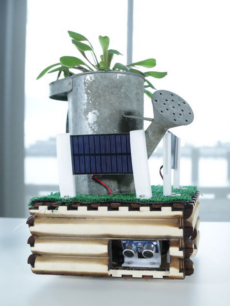 Picture of Mobile Sun-Seeking Robot