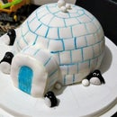 Hotel Artic Igloo Eggless Chocolate Cake