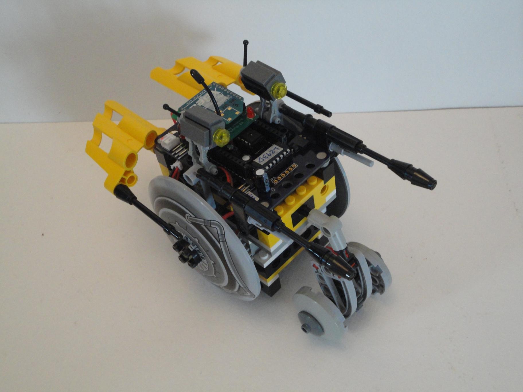 Picture of R/C LEGO 'Velocipede' Droid