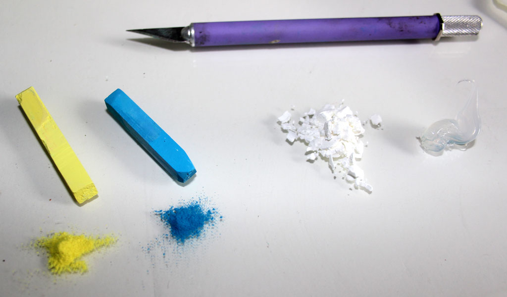 Picture of Using Chalk Pastels As Coloring Agent