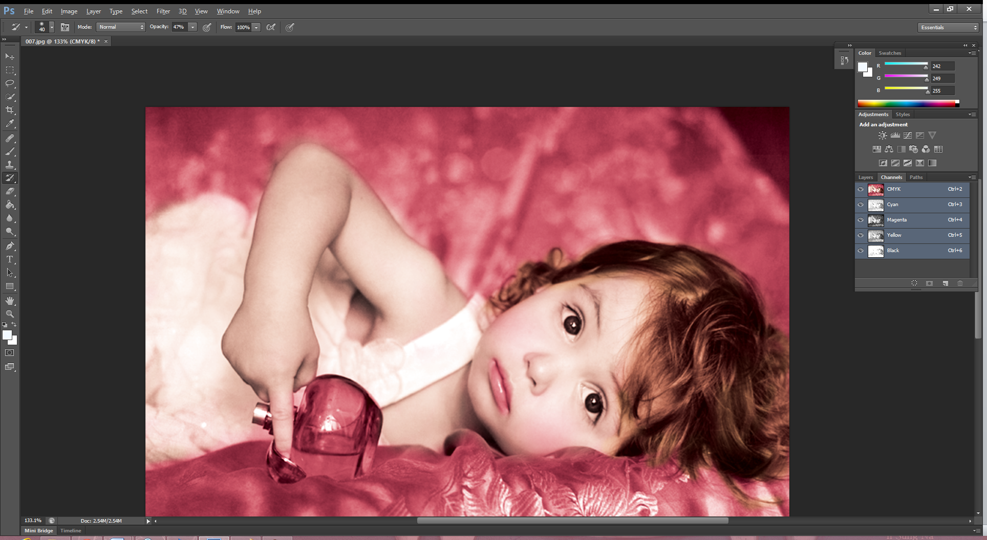 """Picture of Check the Checkbox Before """"Snapshot3"""" and Use That As a Source to Tint Little Girl's Tips and Cheeks."""