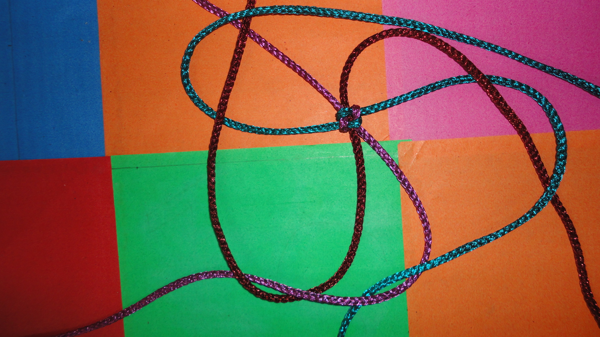 Picture of Making First Crown Knot