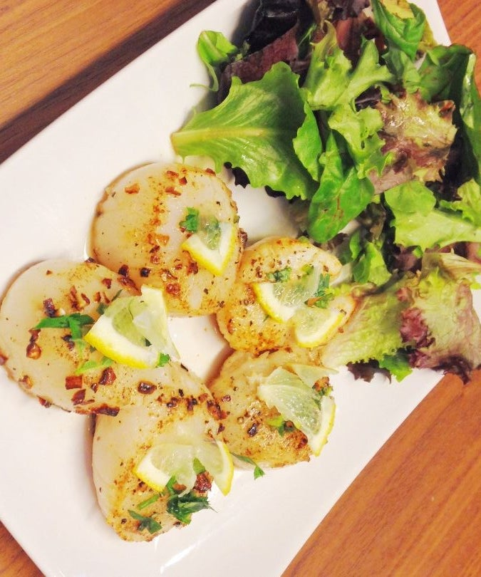 Garlic and Herb Seared Scallops