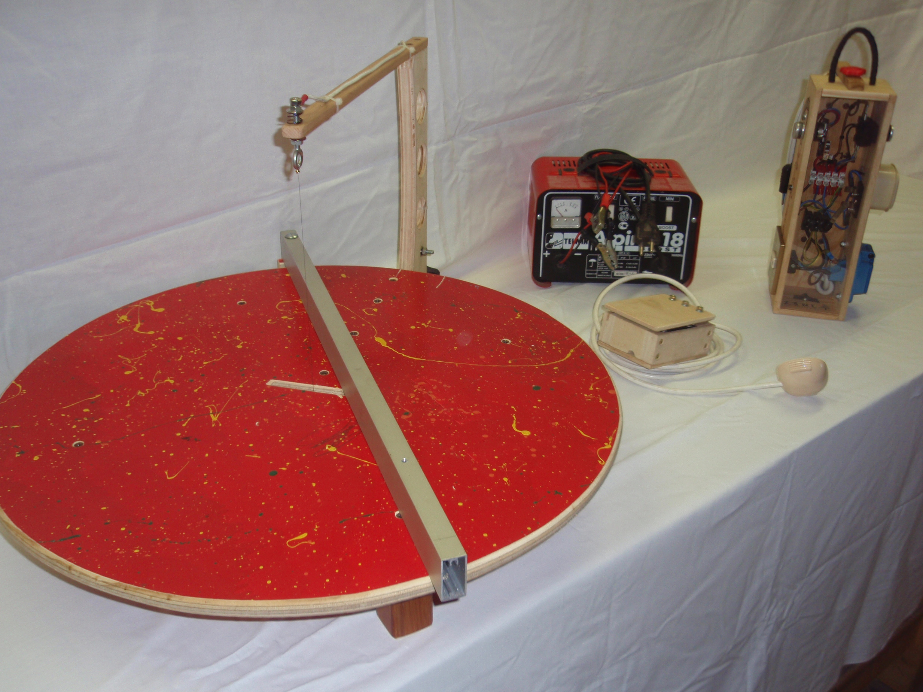 Picture of Adjustable Hotwire Foam Cutter With Fence