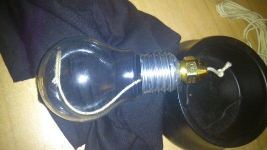 Attaching the Nozzle to the Bulb Base...