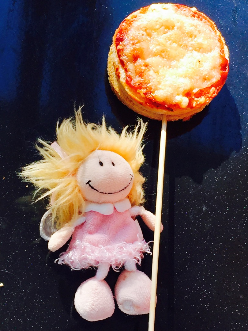 Picture of Pizza Lollies