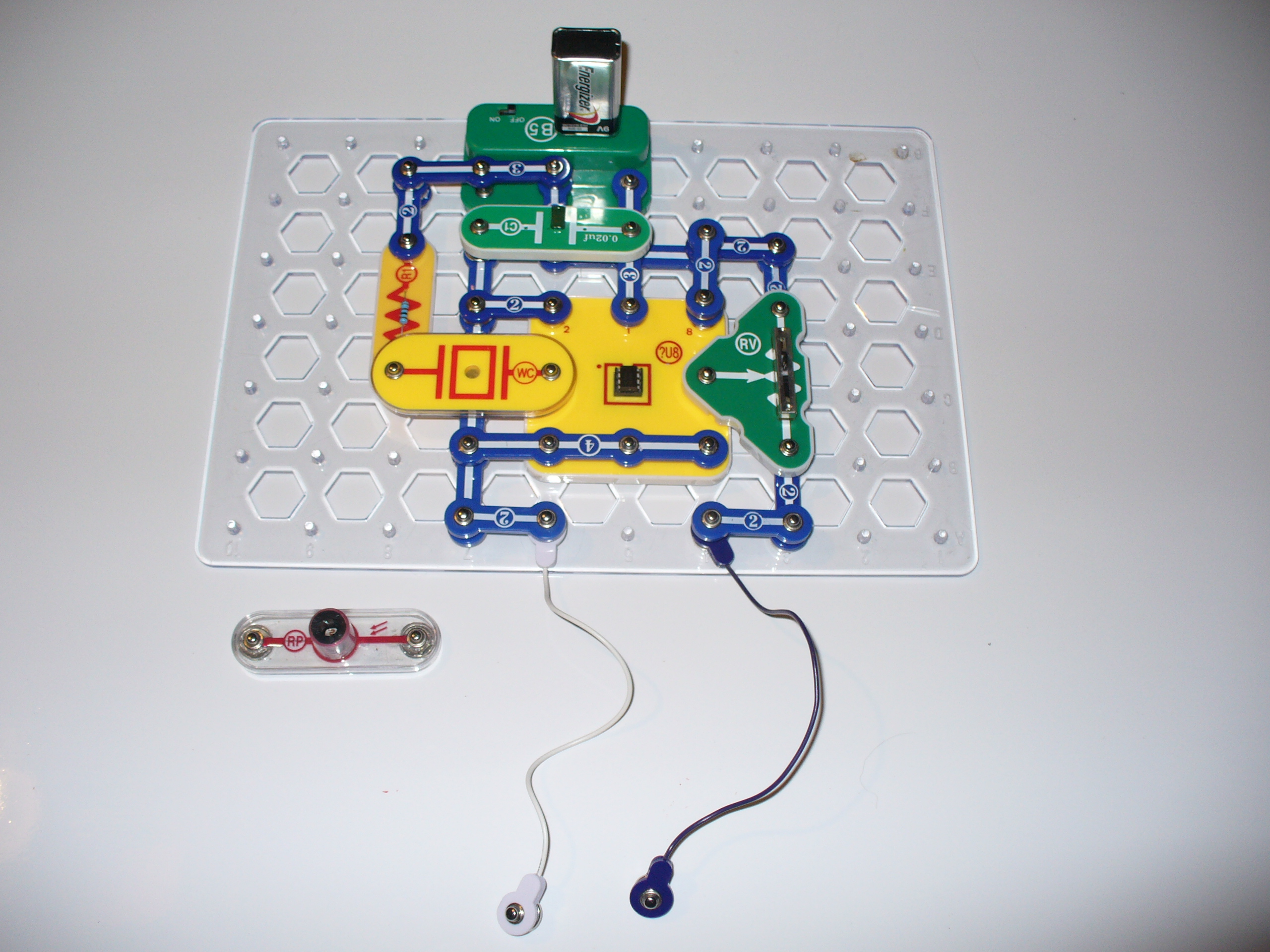 Picture of Let's Try Some Experiments With the 555 Timer Circuit