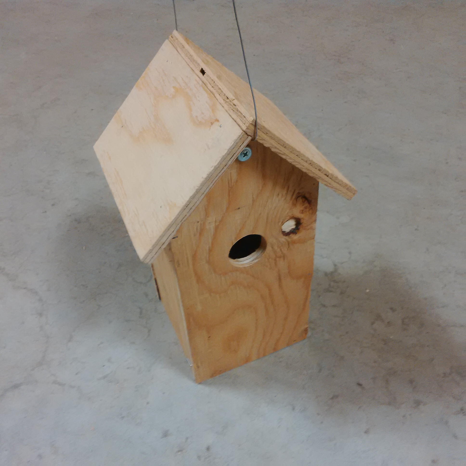 Picture of How to Build a Birdhouse