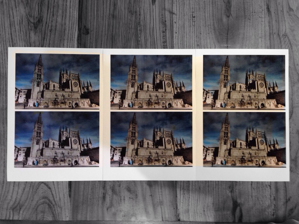 Picture of Multiple Copies of the Same Photo