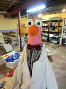 Attach Nose, Eyes and Hair, and You Have Yourself a Beaker-bot