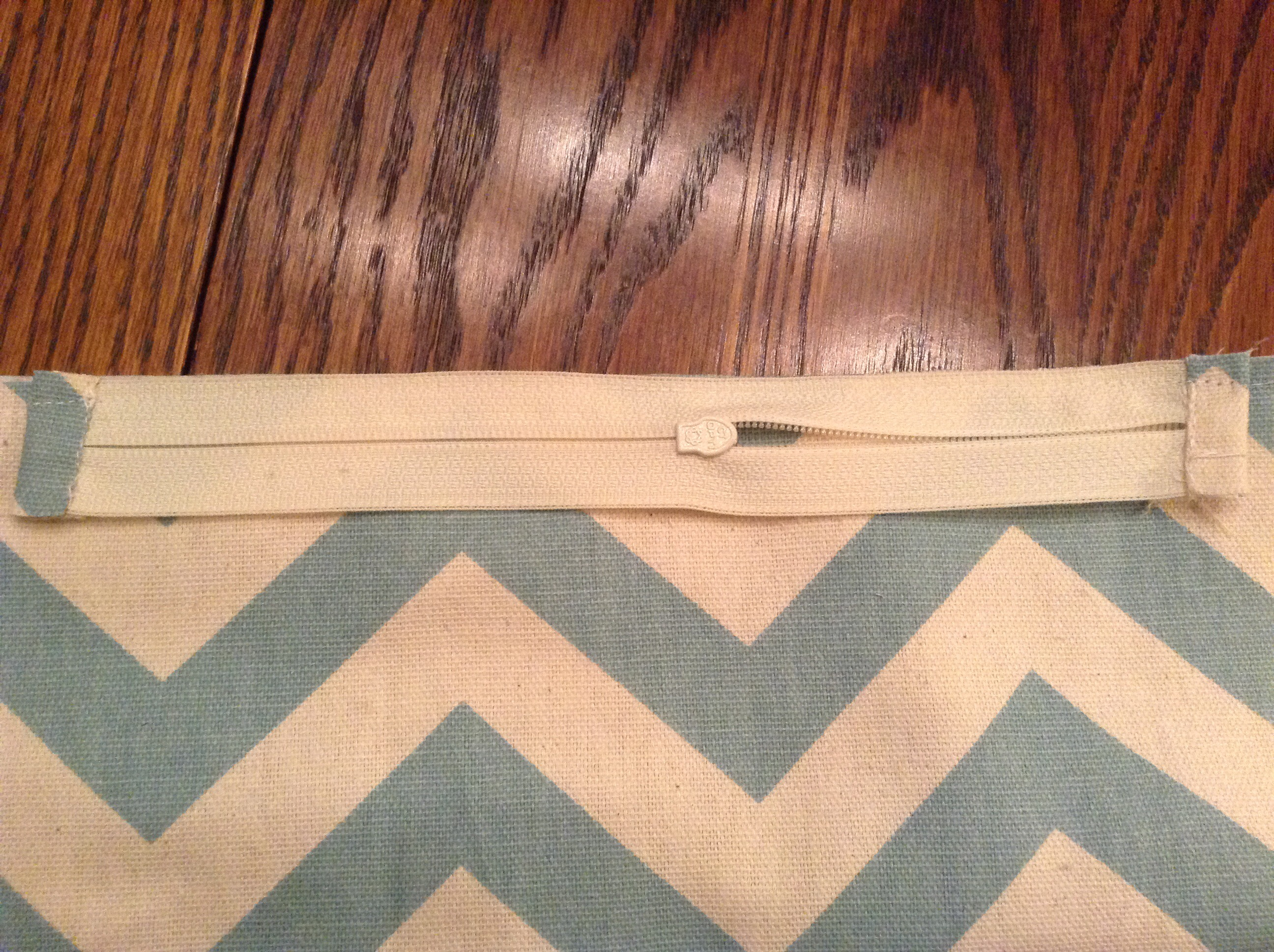 Picture of Stitch the Zipper On