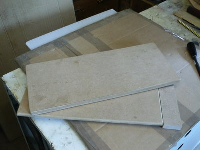 What Is Required to Make a Bark Screen?