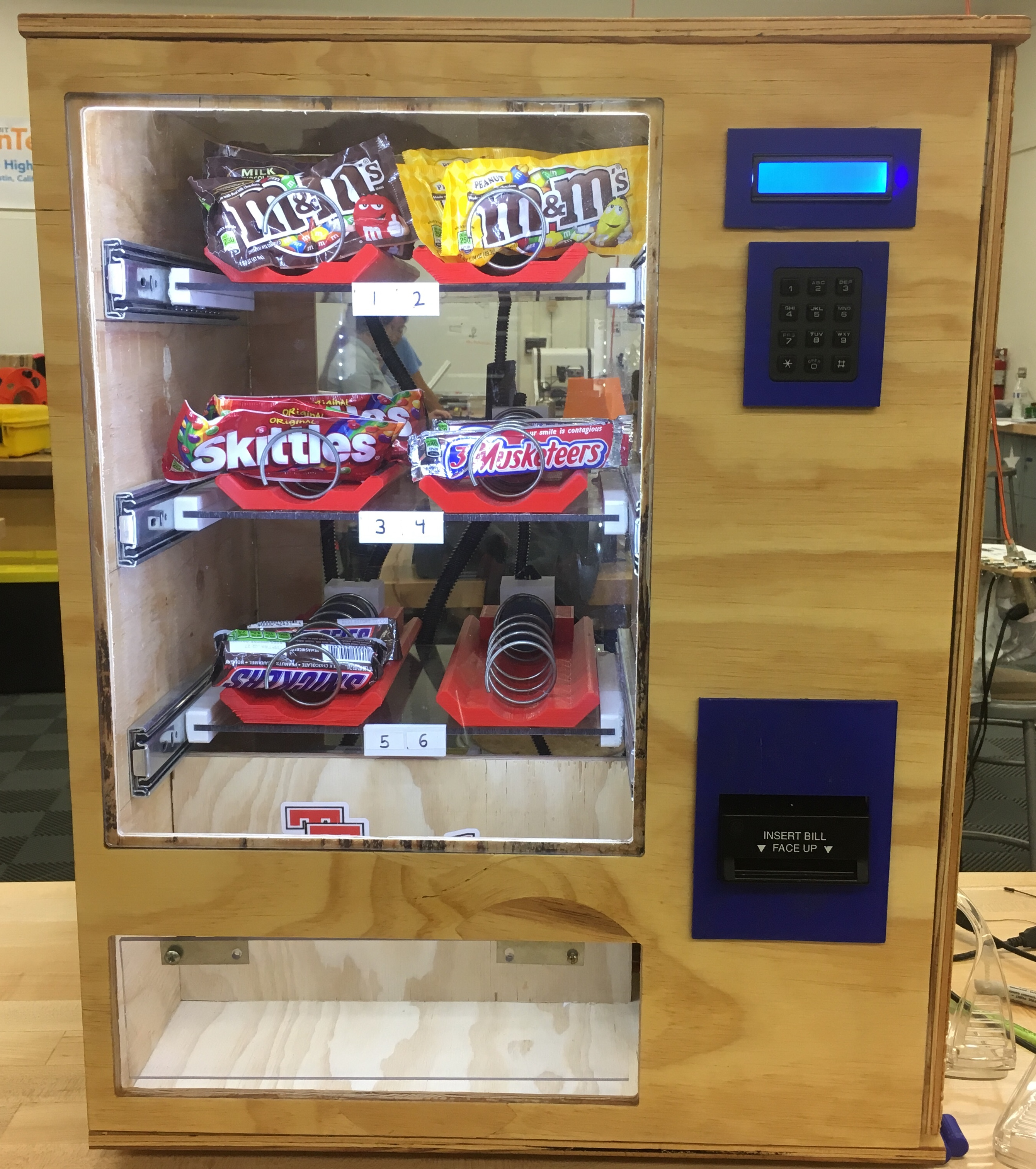 Picture of $1 Arduino-based Vending Machine