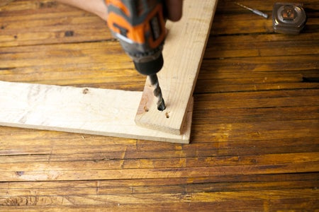 Attach the 1 Foot Board to the 2 Foot Board