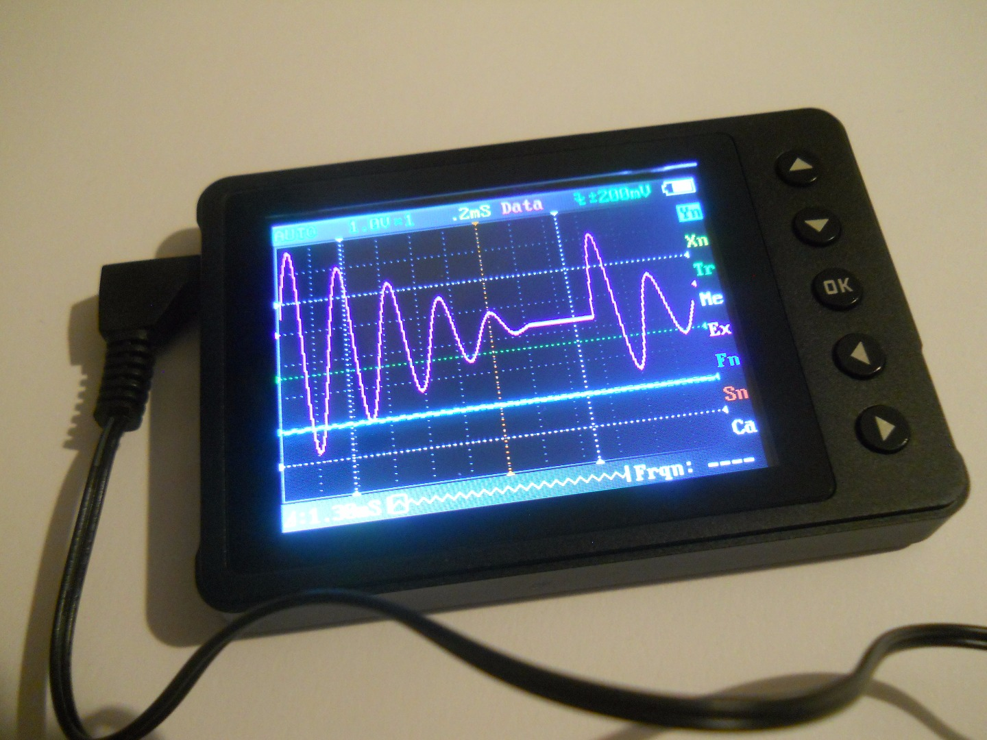 Picture of Phone Sized Oscilloscope