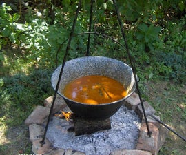 Hungarian Goulash Soup (Gulyasleves)