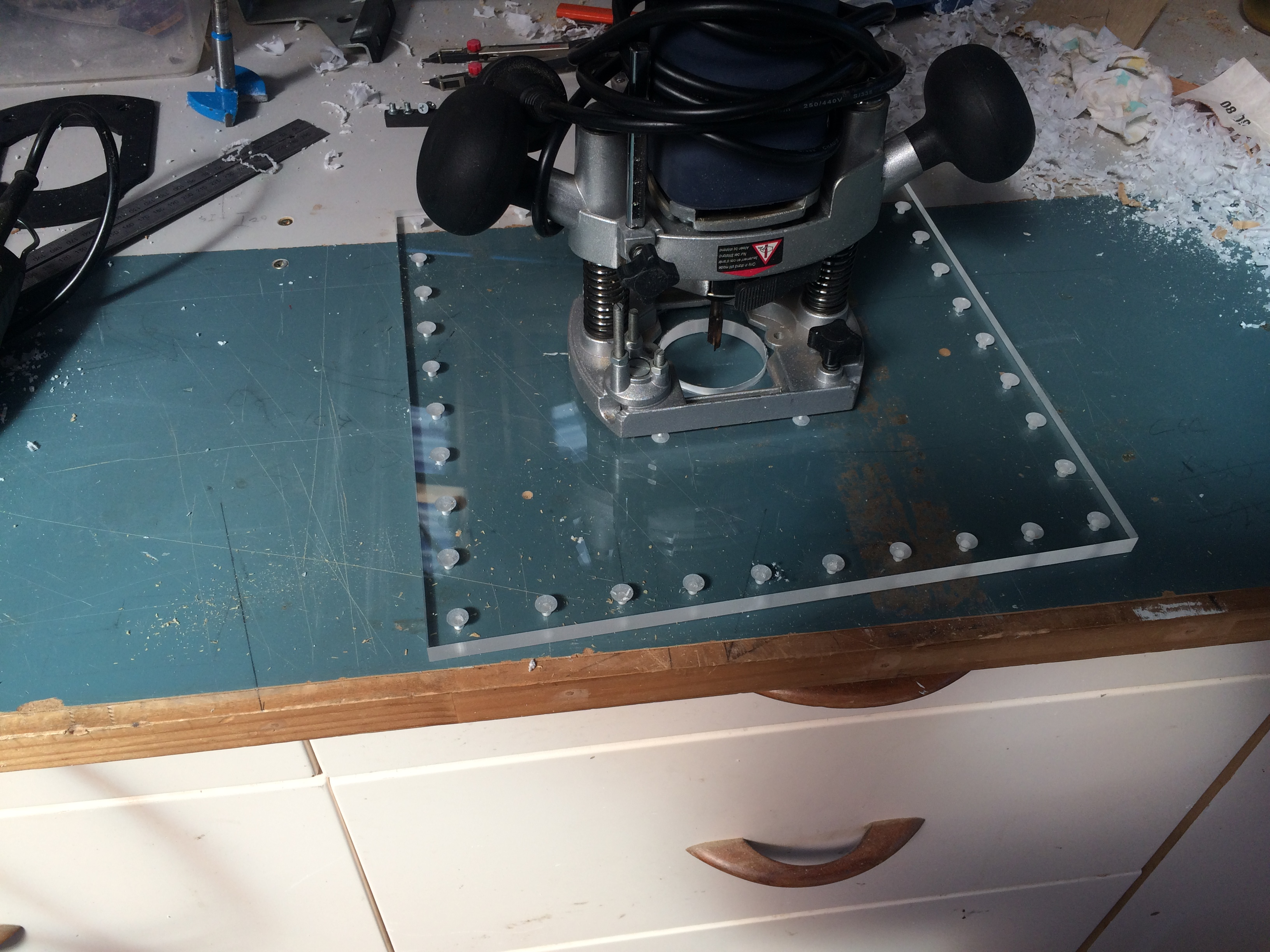 Picture of Versatile Router Jig